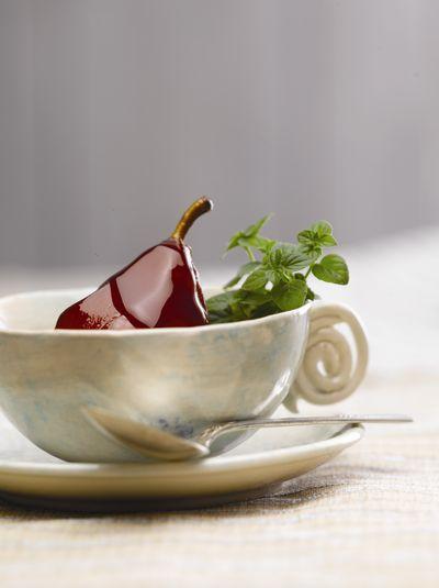 Peras al vino tinto for Essen proveedores
