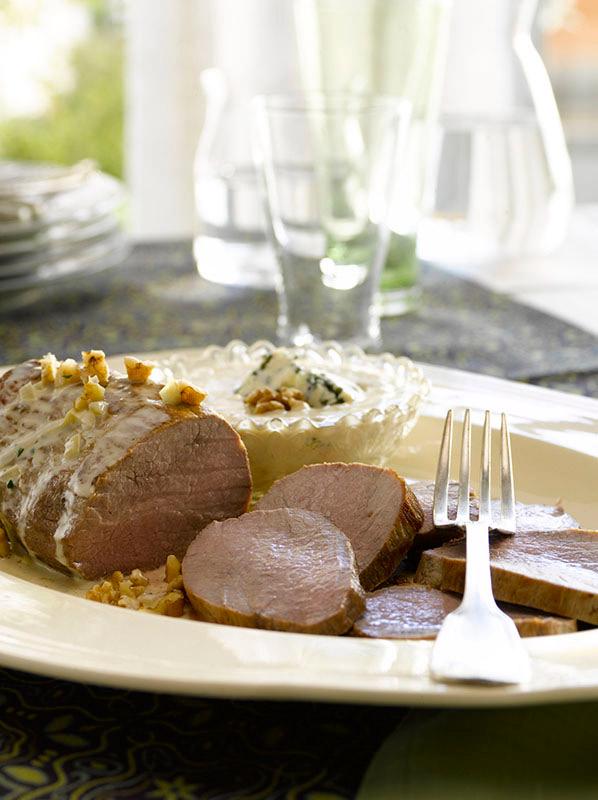 Peceto con fondue de roquefort for Essen proveedores
