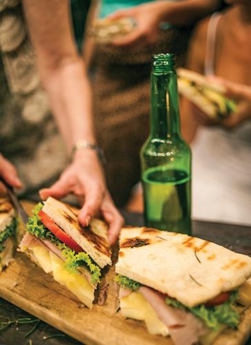 Sandwiches de focaccia for Essen proveedores